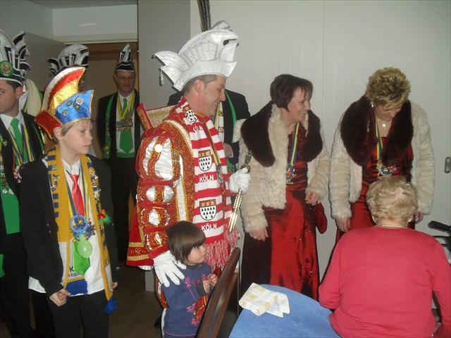 Bezoek Rusthuizen en afscheid Carnaval 2013 014
