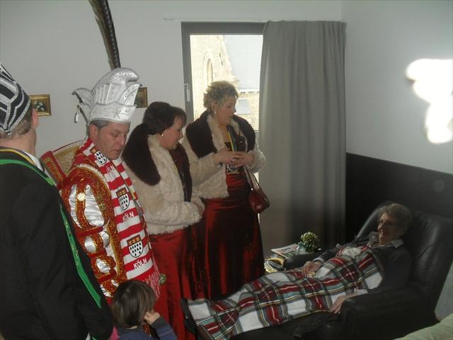 Bezoek Rusthuizen en afscheid Carnaval 2013 028