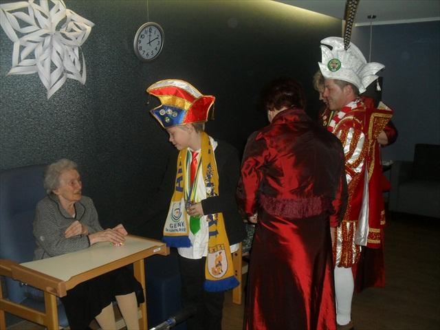 Bezoek Rusthuizen en afscheid Carnaval 2013 049