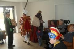 Bezoek Rusthuizen en afscheid Carnaval 2013 031