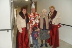 Bezoek Rusthuizen en afscheid Carnaval 2013 038