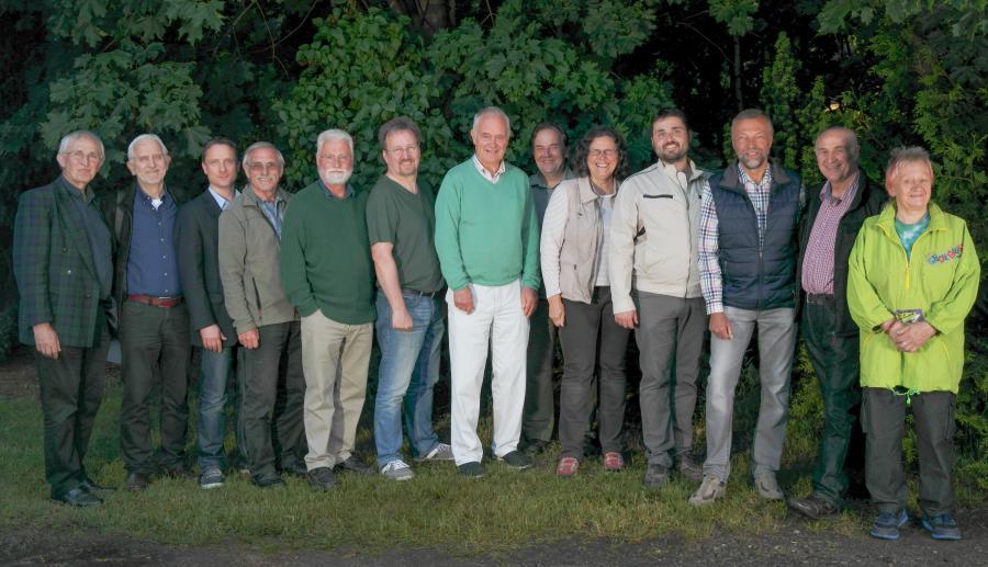 Die Kandidaten der FWH für den Gemeinderat Handeloh: Platz 1 - 13 von links