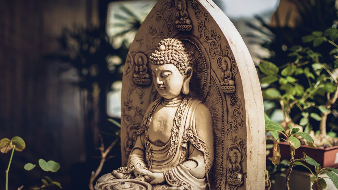 5 Reasons To Meditate Like Buddha