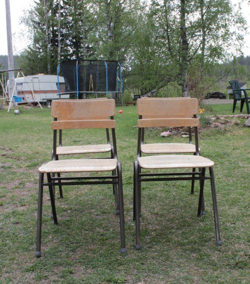Inne-stolar som ska göras om till ute-stolar