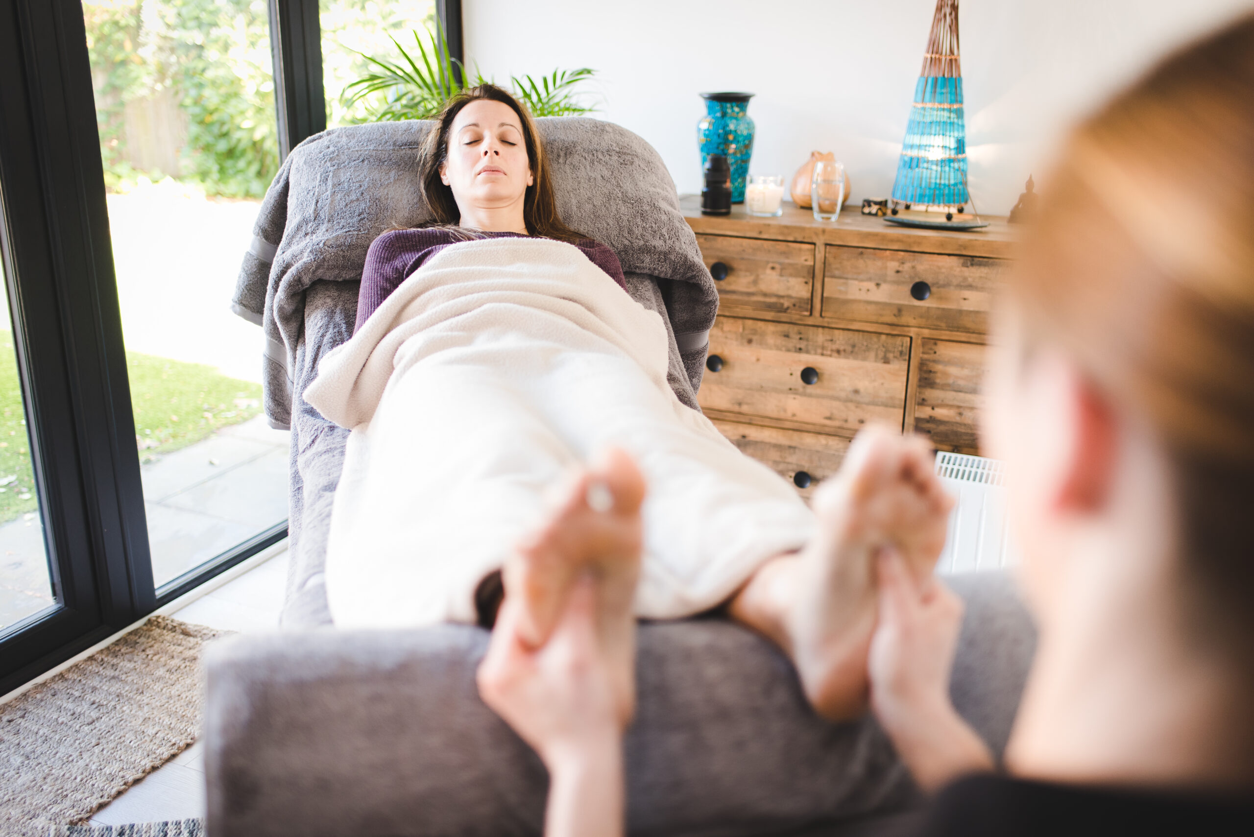 10 Reasons to Have Reflexology