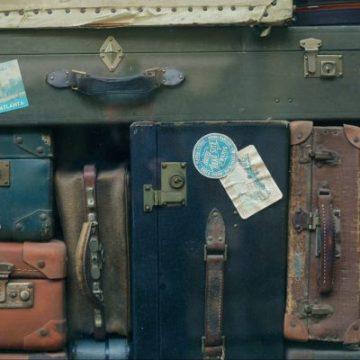 Bild zeigt alte Reisekoffer