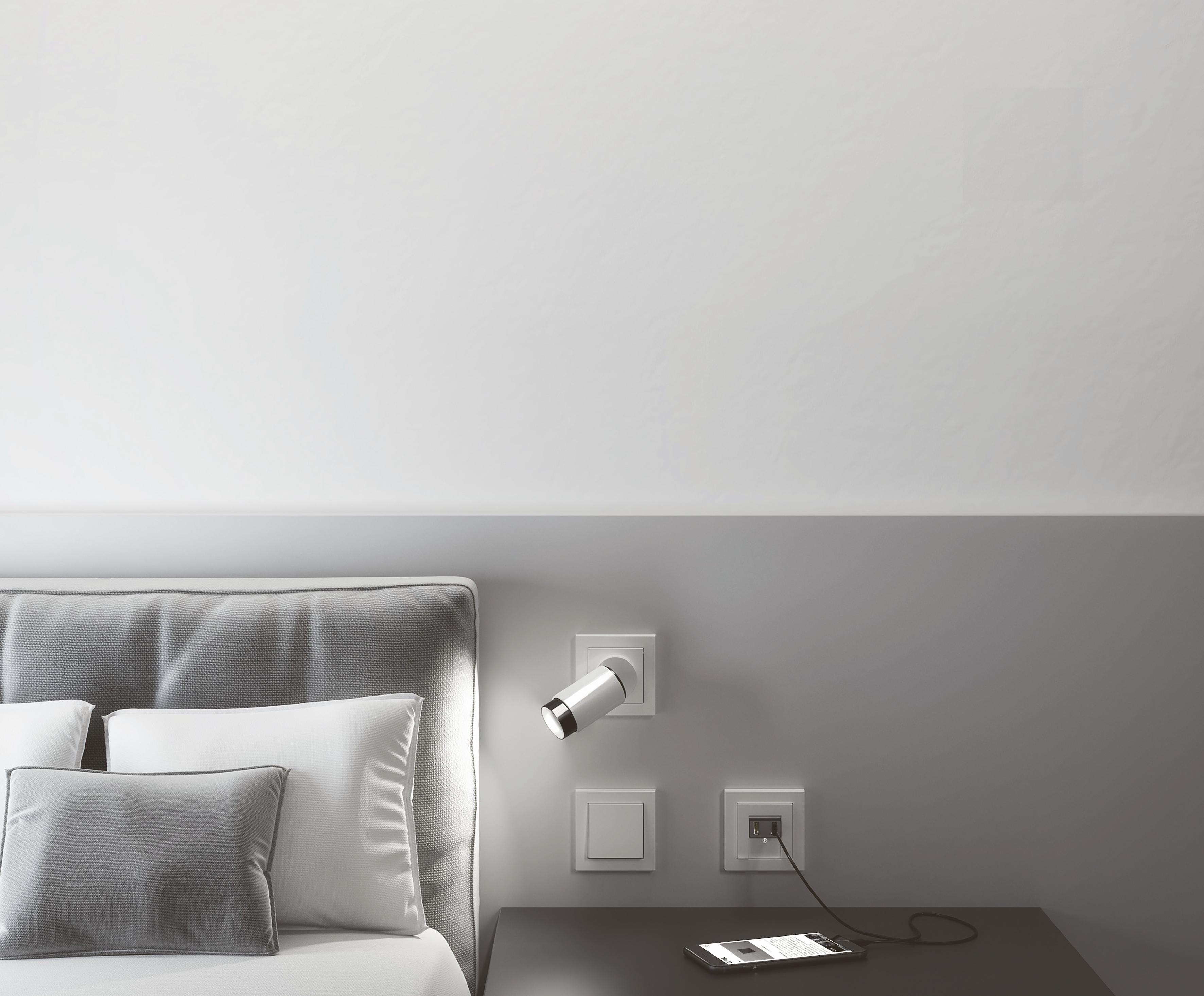 Plug & Licht im Design von Gira