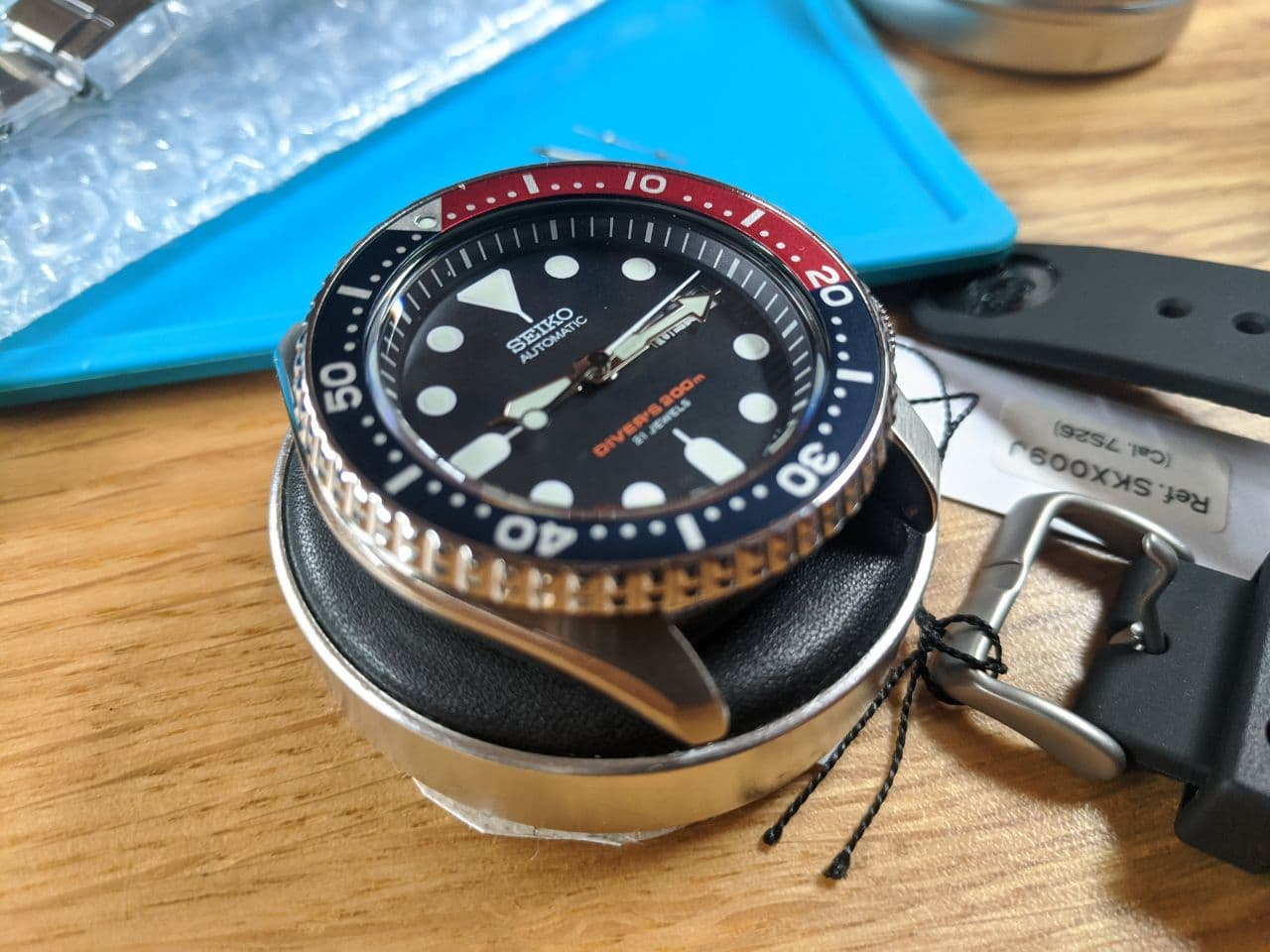 Seiko mods in the UK: Seiko SKX009J1 Base watch for Modification by Wellingtime in the UK.