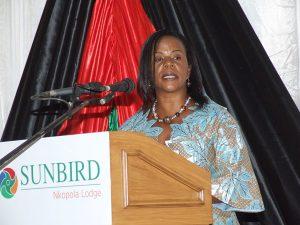 Hon Beatrice Nyamupinga
