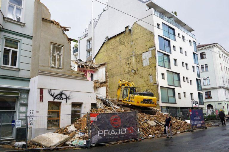 Vorgründerzeithaus Zieglergasse 52 wird abgerissen, Wien-Neubau, 2018