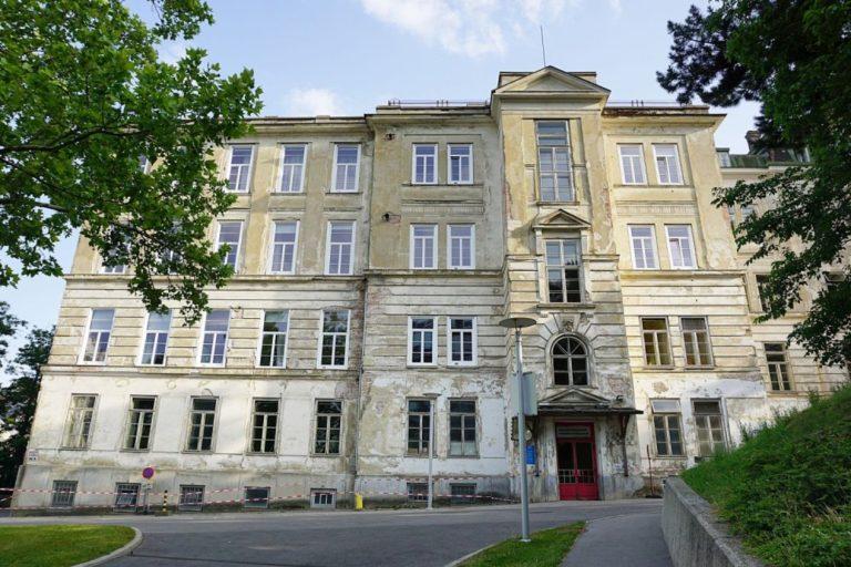 ehemalige Kinderklinik des Wiener AKH, Lazarettgassenweg, Architekt: Emil Förster, erbaut 1909-1913