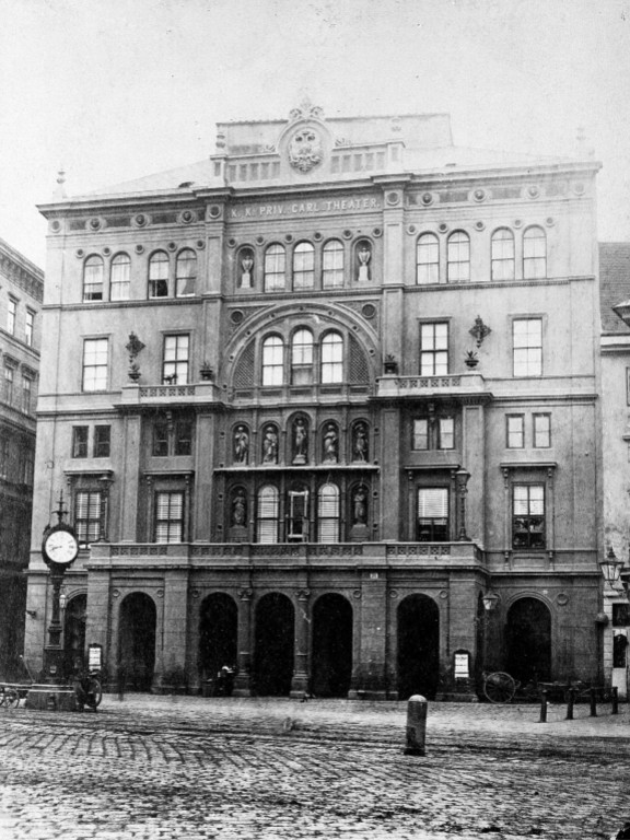 historische Aufnahme des Carltheaters in der Wiener Praterstraße 31
