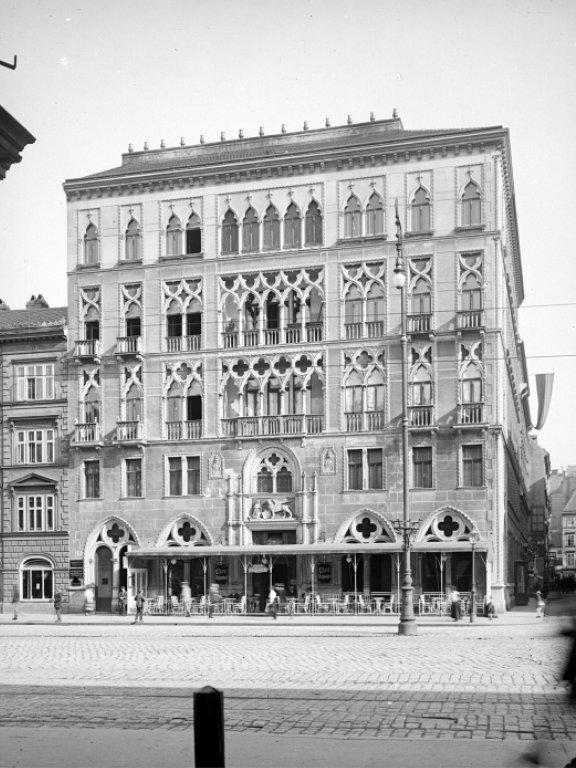 Dogenhof in der Praterstraße, um 1900