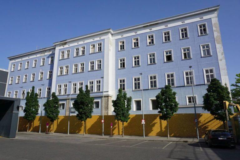 Blaues Haus vor Abriss, Mariahilfer Straße 132, Wien, Rudolfsheim-Fünfhaus (15. Bezirk)