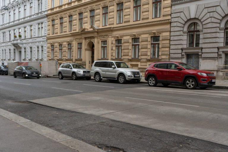 Fahrbahn der Hörlgasse, 1090 Wien