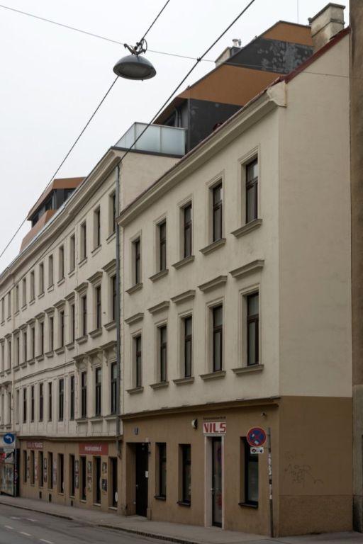 Gründerzeithaus in der Grenzgase 5 in Rudolfsheim-Fünfhaus, Wien
