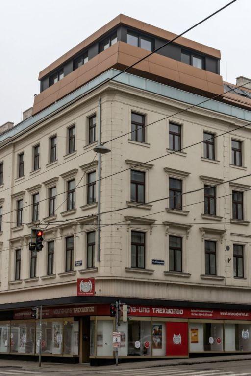 Gründerzeithaus Mariahilfer Straße 178 mit ausgebautem Dach, 1150 Wien