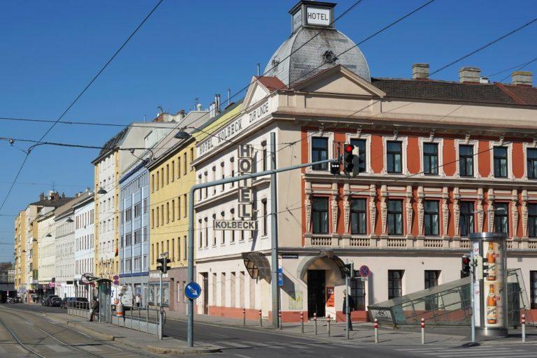 Laxenburger Straße beim Columbusplatz, Hotel Kolbeck, Wien-Favoriten