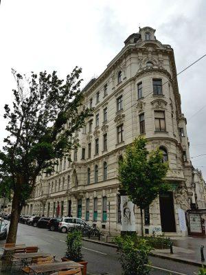 Gründerzeithaus Berggasse 21, Wien-Alsergrund (9. Bezirk), Architekt Emil von Förster