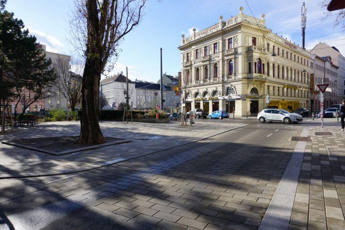 gepflasterte Straße in der Mollardgasse, Wien-Mariahilf