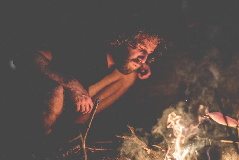 bushcraft yoga naturverbindung leave no trace überlebenstraining für einsteiger Rostock survival abenteuer feuer wild wandern camping wald natur mecklenburg vorpommern familie erwachsene kinder Rostocker Heide