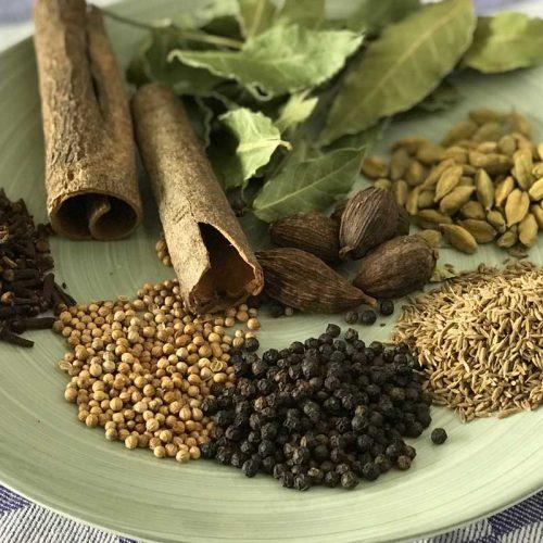 garam masala ingredients photo: ©️Nel Brouwer-van den Bergh