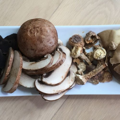 Truffle and mushrooms: ©️ Nel Brouwer-van den Bergh