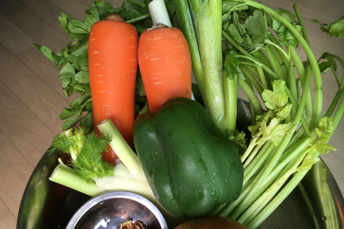 vegetable broth: ©️ Nel Brouwer-van den Bergh