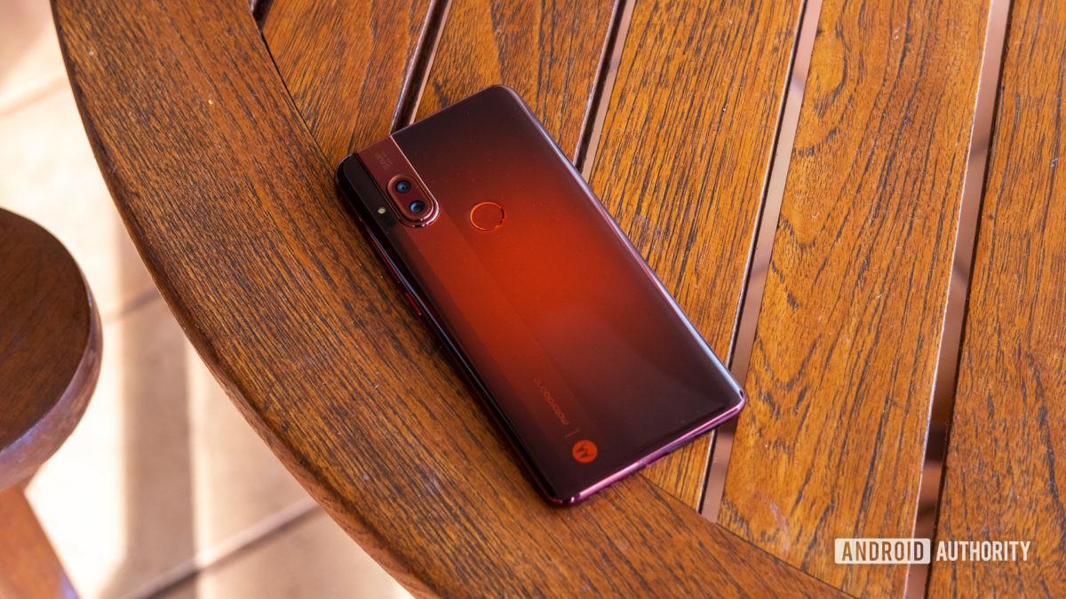 Motorola Moto One Hyper amber on table