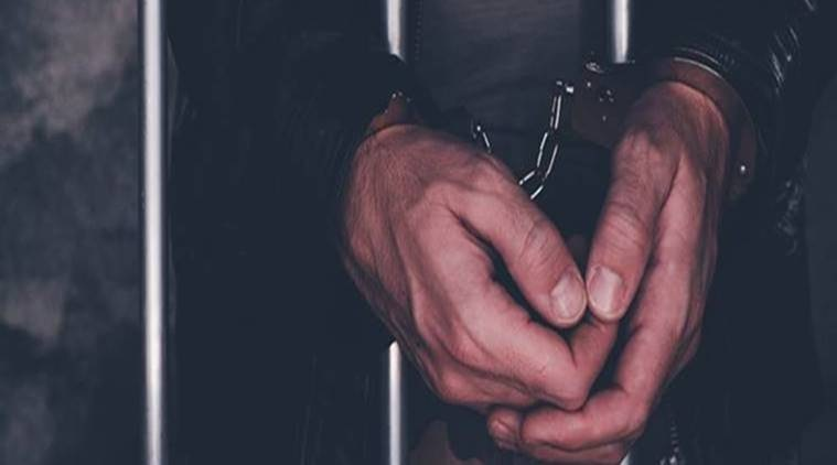 pune police, man held with cannabis, man held with 15 mobile phones, man held with illegal cash, pune news, indian express news