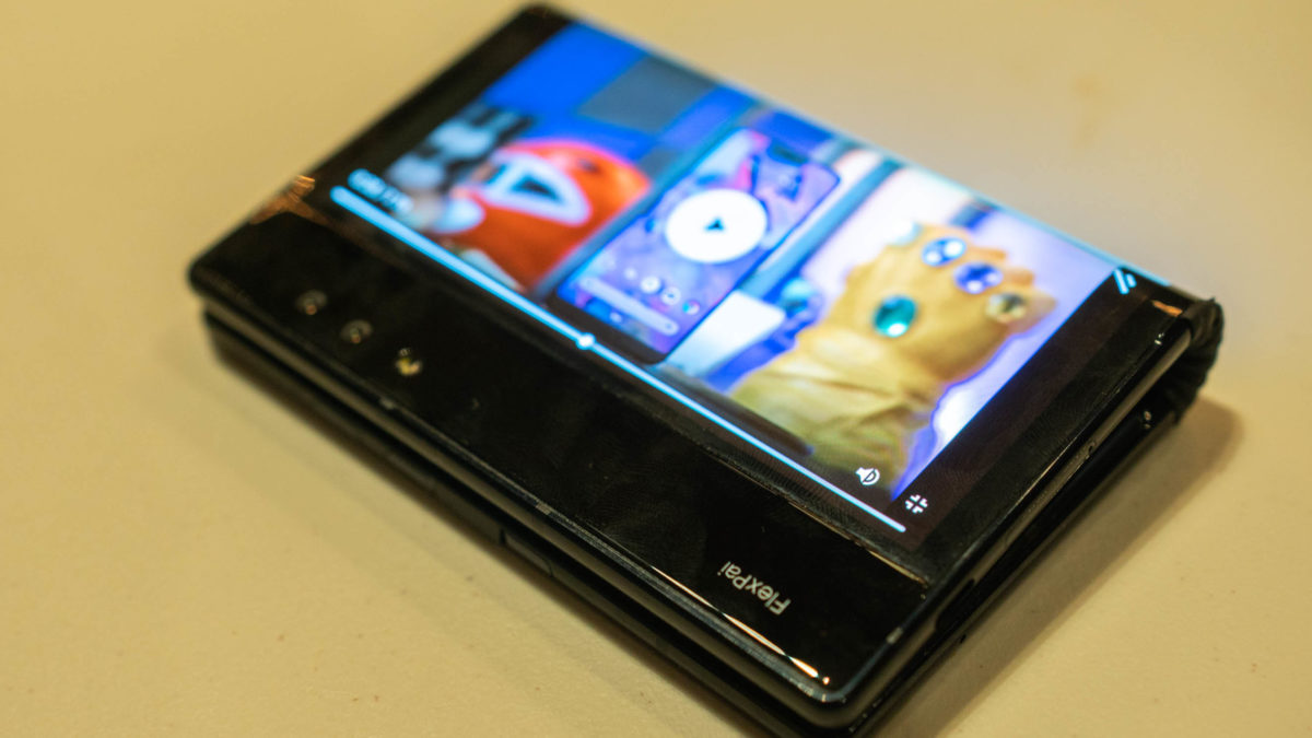 royole flexpai foldable smartphone display
