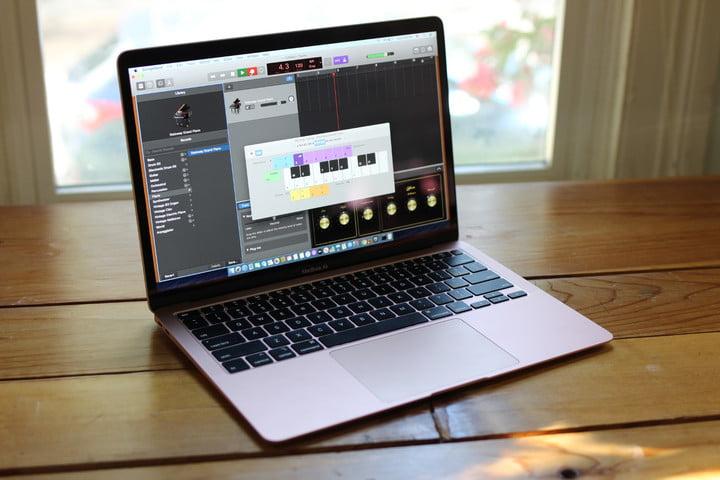MacBook Air 2020 display