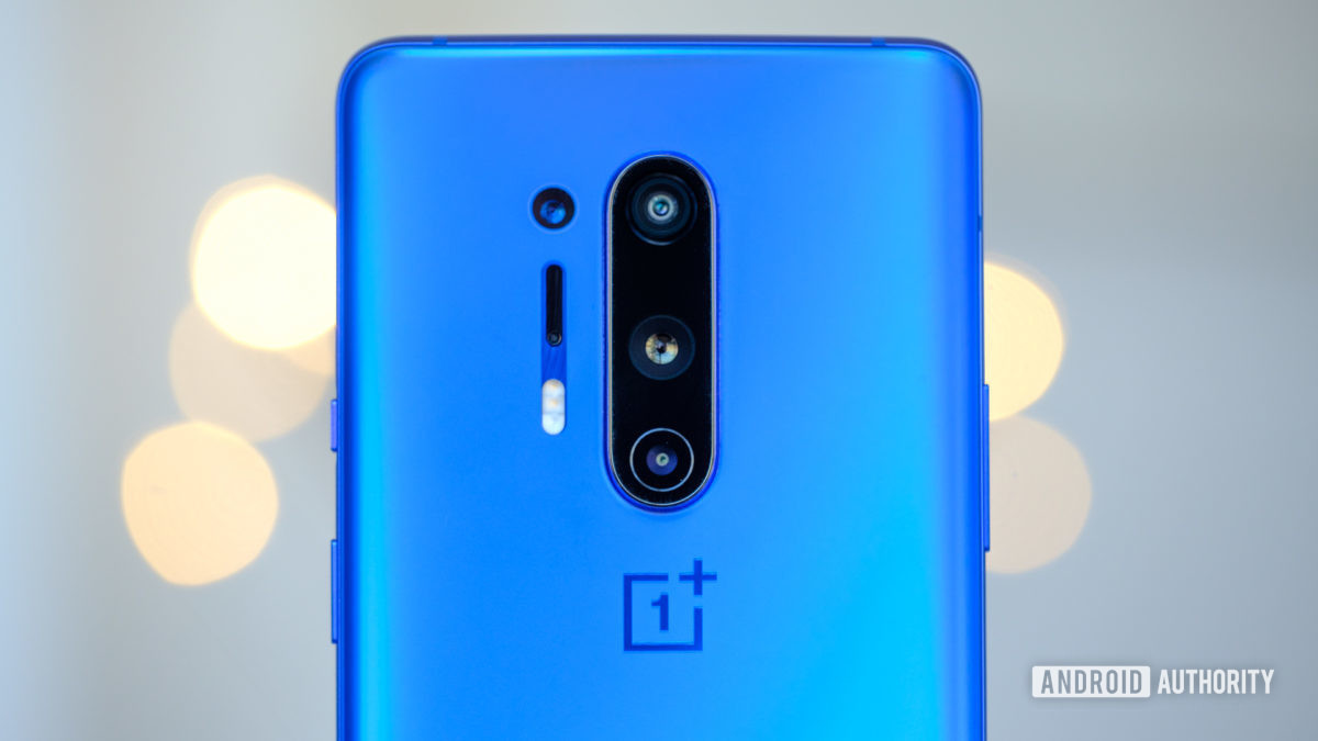 OnePlus 8 Pro camera array