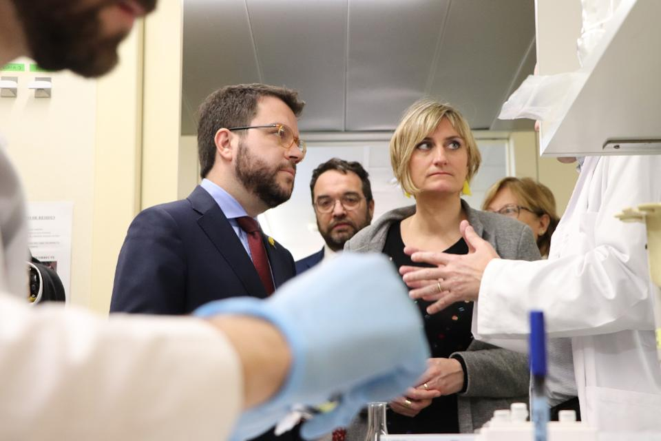 Vice President of the Government of Catalonia, Pere Aragonès with Alba Vergés, Minister of Health of the Government of Catalonia during a visit at the Vall d'Hebron Institut de Recerca (VHIR)