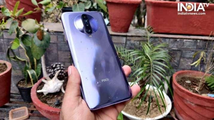 India Tv - best camera smartphones, samsung galaxy s20, galaxy s20 plus, iphone 11, iphone se, iphone 11 pro, v