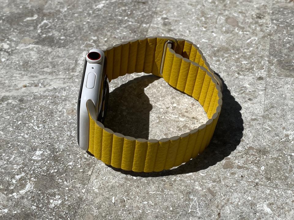 Apple Watch Leather Loop in Meyer Lemon