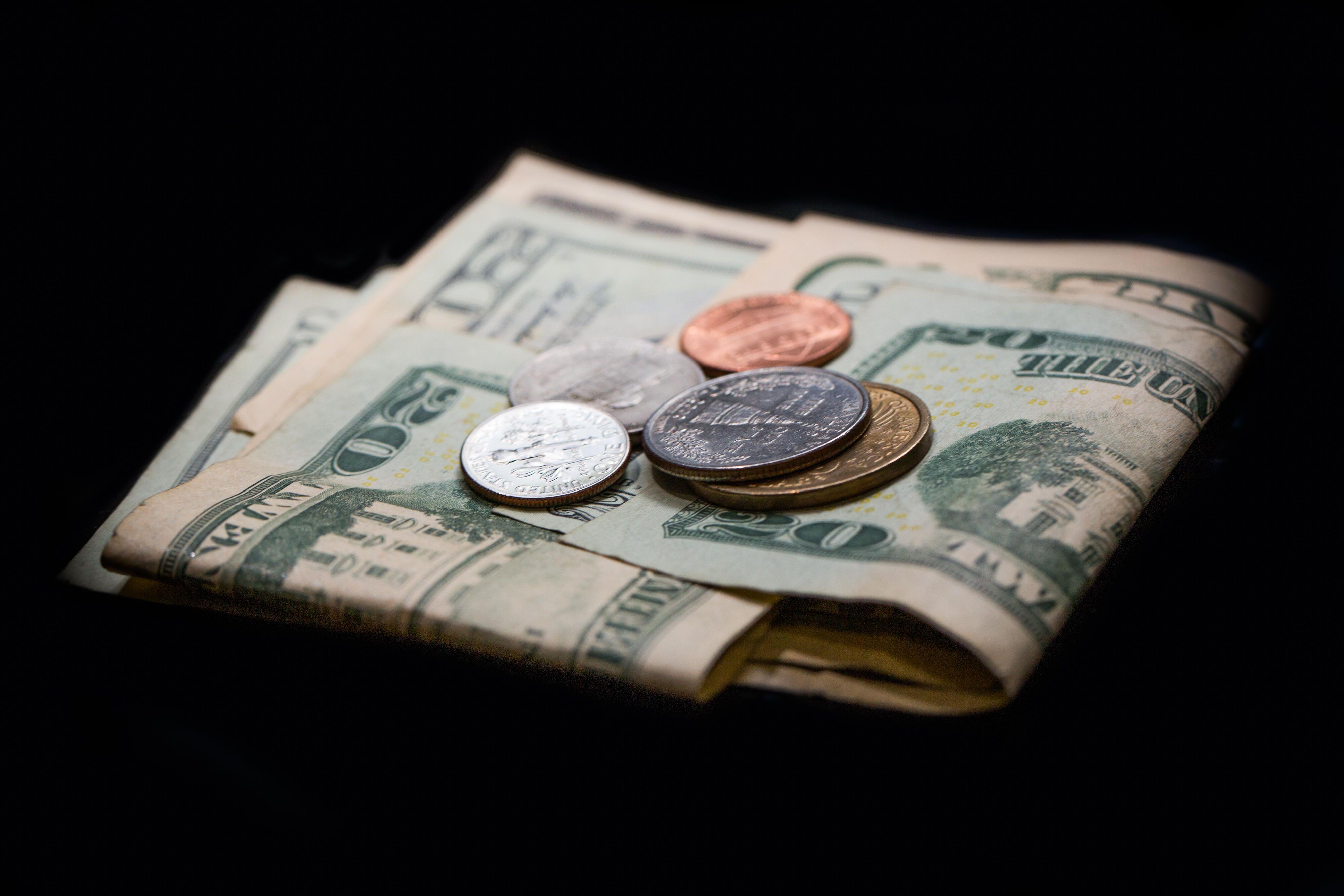 money-bills-wallet-coins-dollars-0939