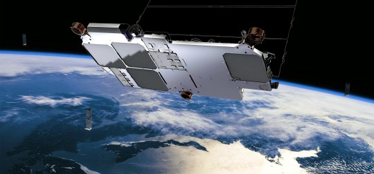 Starlink satellites will form a chain of lights in the sky (SpaceX)