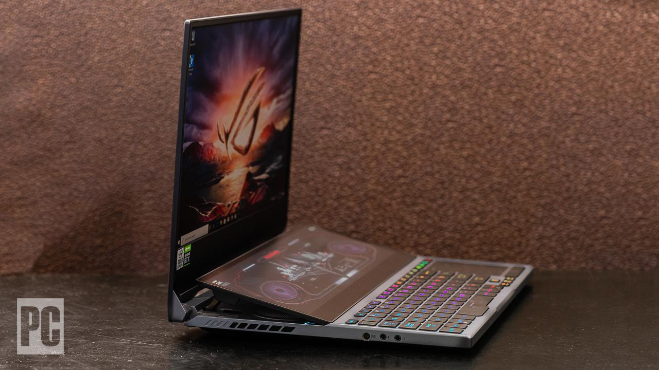 Asus ROG Zephyrus Duo 15 (GX550) side view