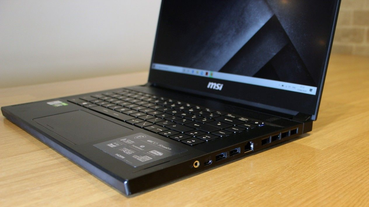 MSI GS66 Stealth ports