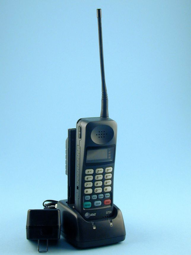 at-t-3730-cell-phone-1994