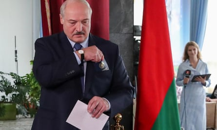 Alexander Lukashenko votes