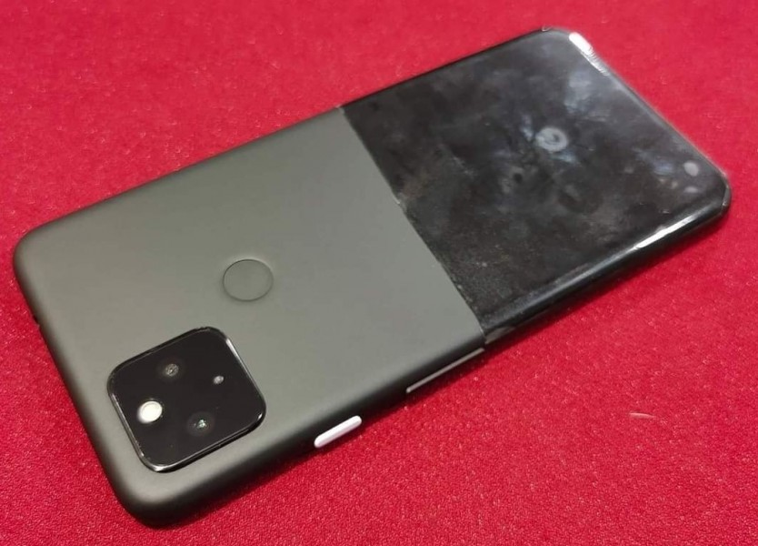 Google Pixel 5 prototype's leaked image reveals weird design