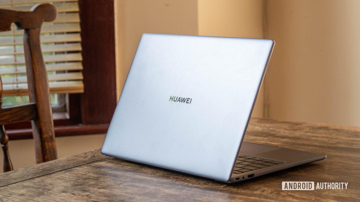 Huawei Matebook 14 2020 AMD rear shot of the laptop