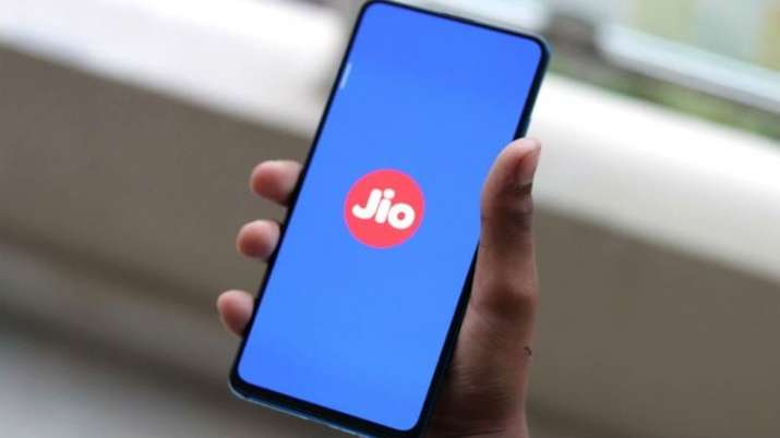 reliance jio, jio, jio phones, jiophone, jio smartphones, jio affordable smartphones, tech news