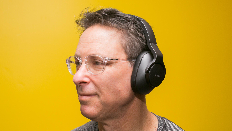 11-akg-n700nc-m2-noise-cancelling-headphones