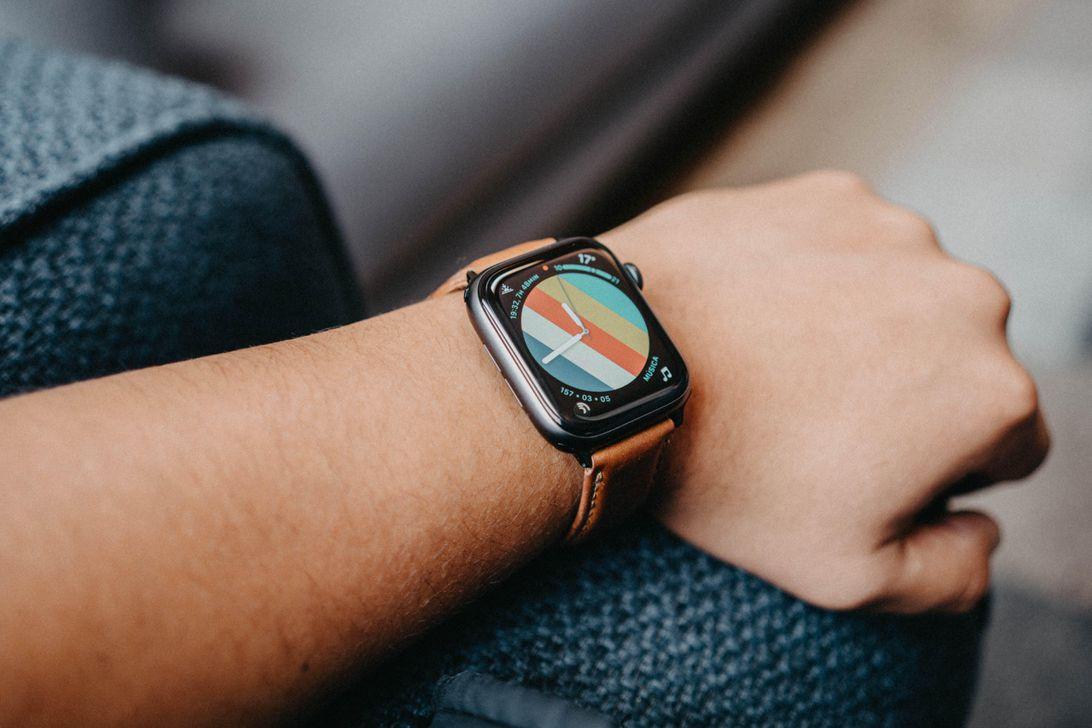 apple-watch-screen-faces-activity-circles-3-de-4