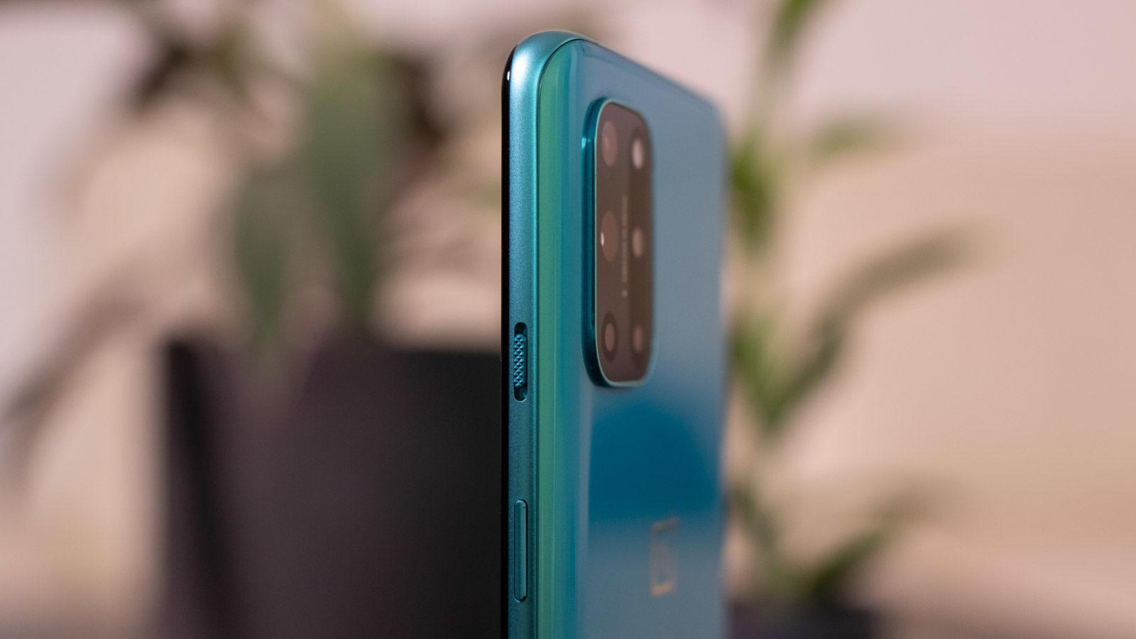 OnePlus 8T side