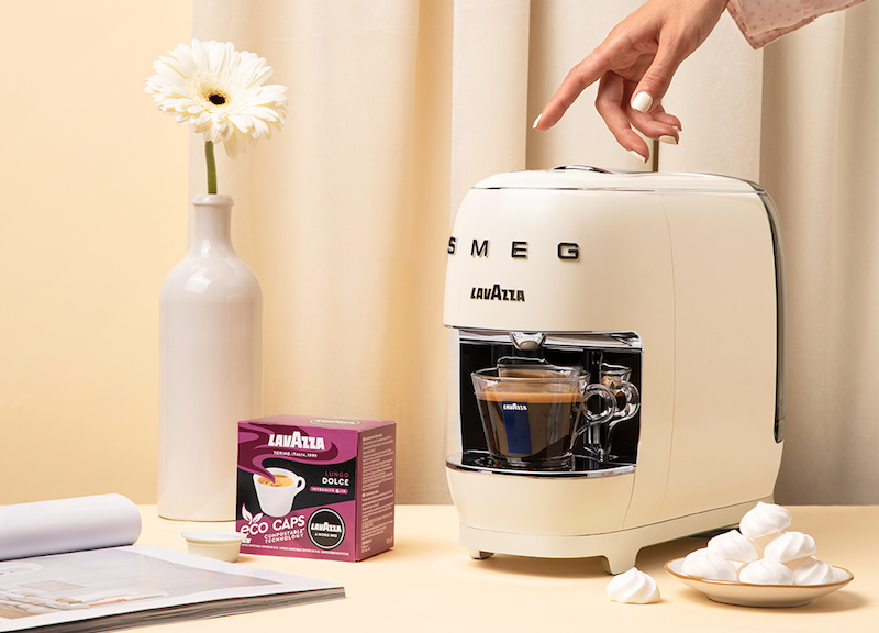 Lavazza Smeg coffee machine with coffee capsules