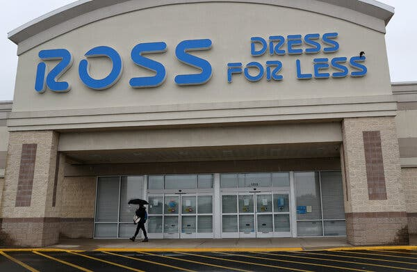 Ross's expansion comes at a time when many other clothing retailers are contracting.